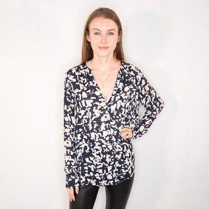 VINCE Silk Blue White Abstract Button Down Shirt